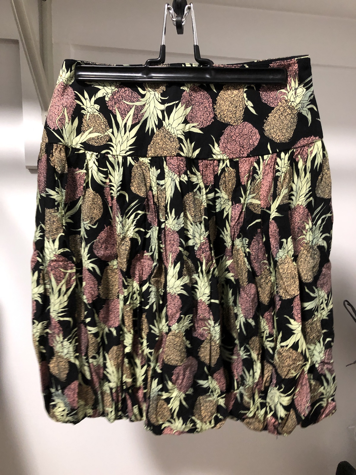 I got this Nicole Miller skirt for  10.99 on thredUP vs. estimated retail  of  265 (a  254.01 savings). It has pineapples on it! e45307970b43